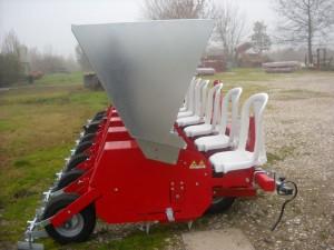 macchine agricole per barbabietola da seme